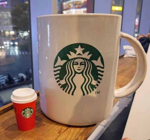 世界上最大的星巴克杯子