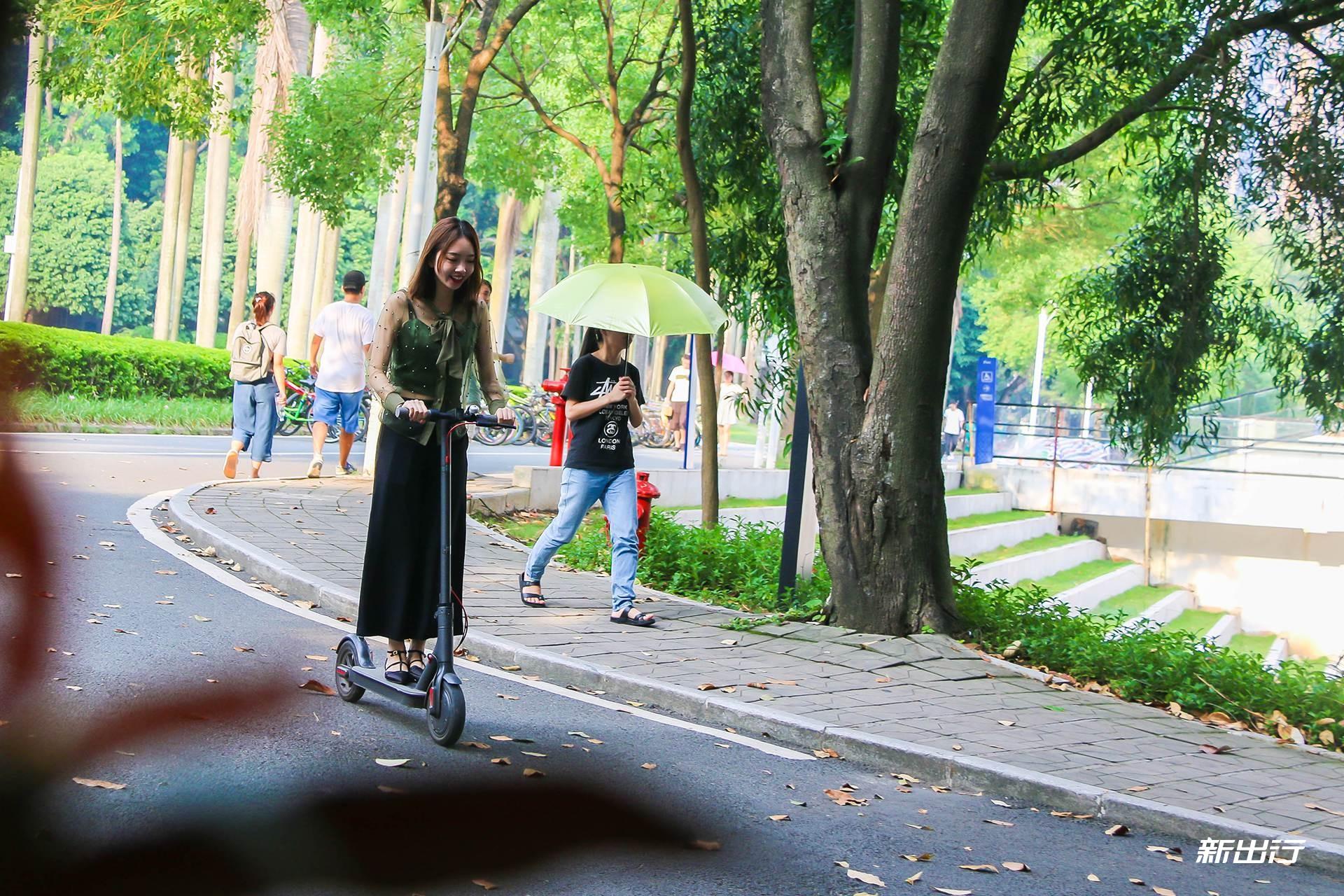 潜入深圳大学的那一刻我惊呆了 大学生出行竟然专科考研黉舍