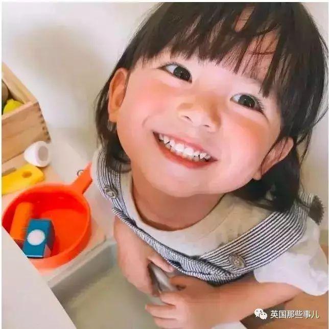 这个日本的小男孩是吃可爱多长大的吗?看完他的照片,心都萌化了