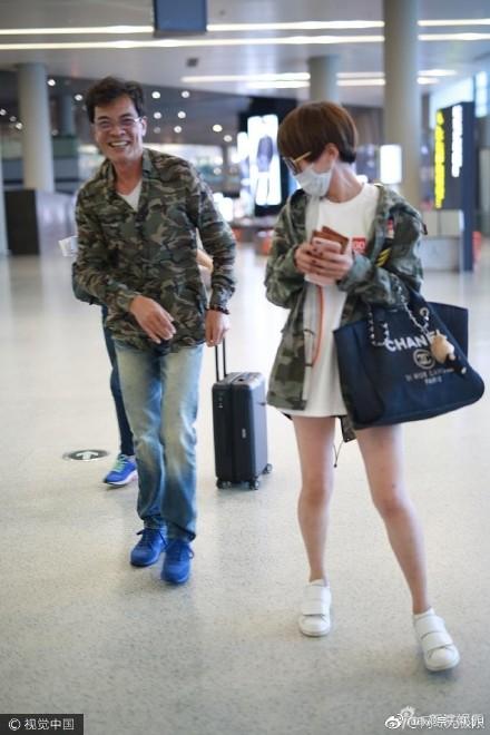 谢楠居然在机场和别人穿情侣装,吴京看了怎么想?