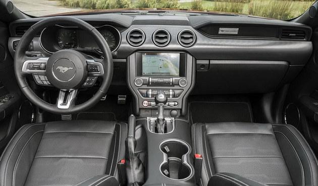 福特新款Mustang敞篷版官图 造型更优雅