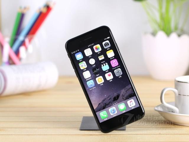 苹果手机壁纸尺寸牧马人白色