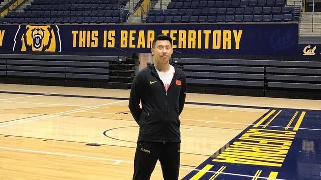 首位中国男高中生直升美篮球名校曾入选国奥男篮