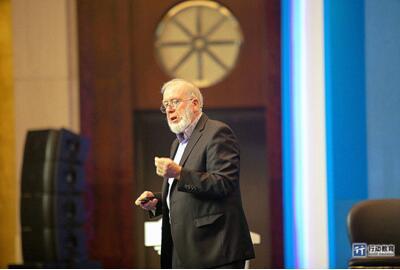 凯文凯利对话行动在线商学院2千企业家,传授