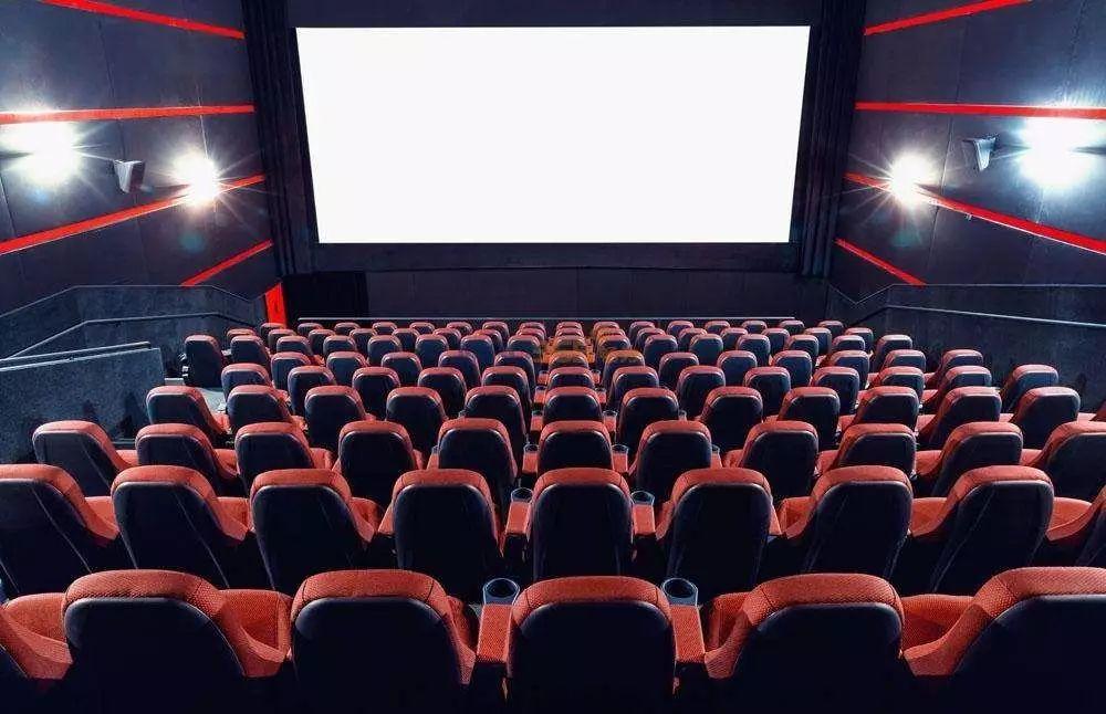 淫女电影院_专业电影级画质 录音棚音效,9mm超薄电视让你在家也有影院巨幕般享受