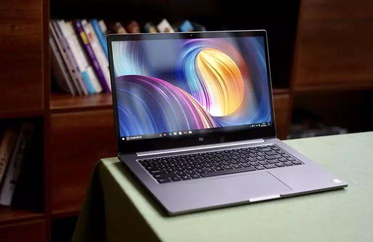 小米笔记本 Pro 15.6 英寸图赏:深空灰配色,八代