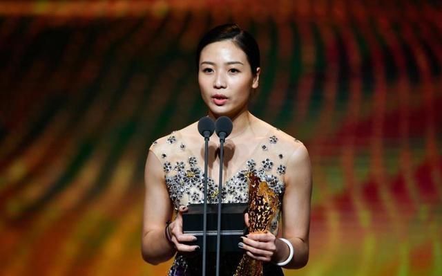 中国女排最美队长即将举行婚礼 郎平或率全队参加