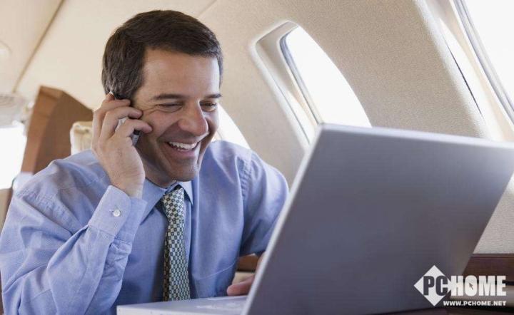 终于解禁 国内航空公司将允许使用手机