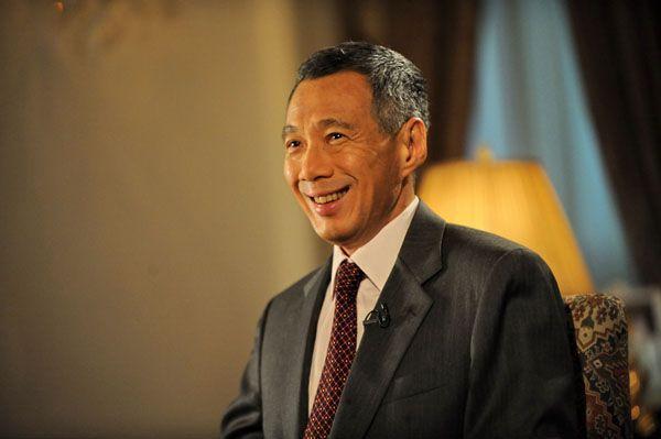 新加坡总理访华了,赢得东南亚后我们还面临两个麻烦!