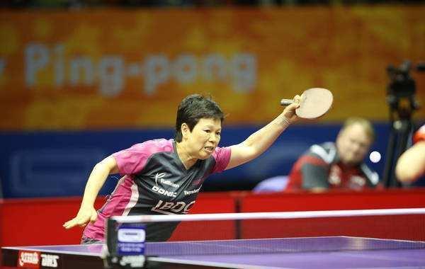 日乒小将被54岁前国乒选手打败 两度拒绝握手(图)