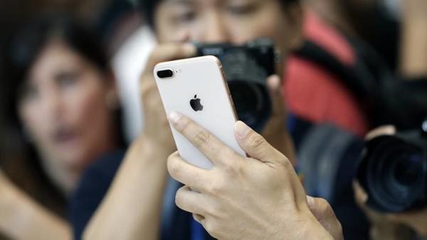 iPhone 8市场需求遭质疑:或成三年来最弱苹果新机