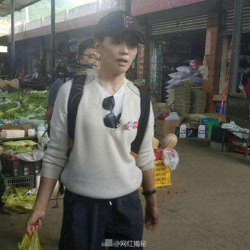 刘涛现身菜市场买菜 原来素颜的她长这样(图)