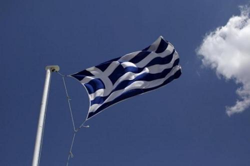 资料图:希腊国旗(图片来源:路透社)