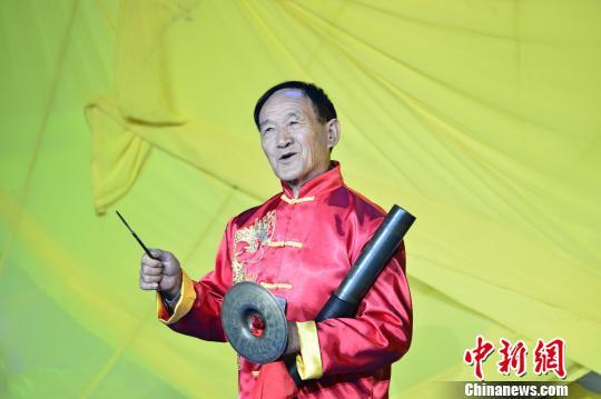 枝江传统民俗楠管表演 钟欣 摄