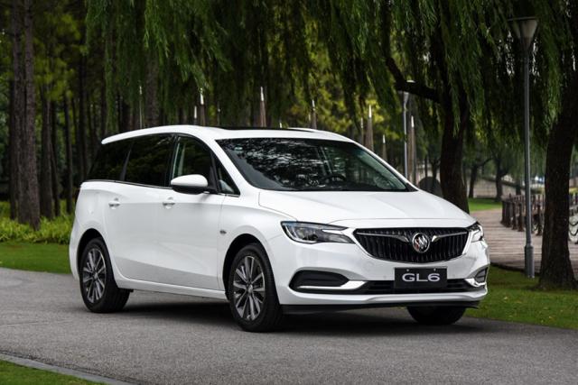 10月这8款新车上市,国内销量最好的硬派SUV终于改款!