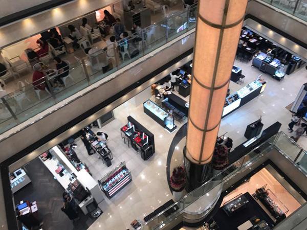 国庆长假看首尔商业街:缺了中国游客,咕咕叫的