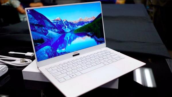 戴尔XPS 13 2018款大曝光:仅有USB-C、摄像头移位