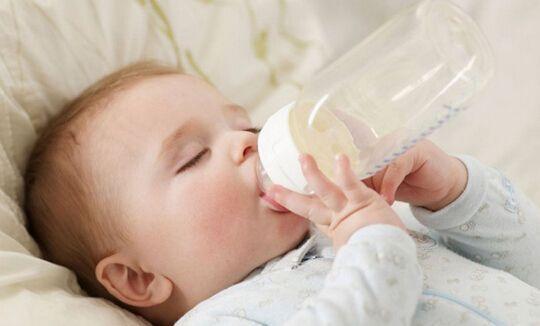 宝宝不接受奶瓶怎么破?