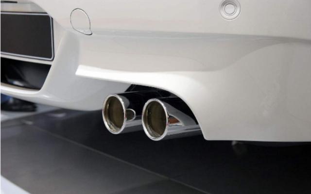 汽车单排气和双排气有什么区别?-图7