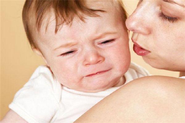宝宝莫名哭闹?原来是肠痉挛在捣乱!
