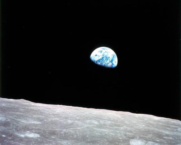 美国正式宣布将重返月球 这次是玩真的吗