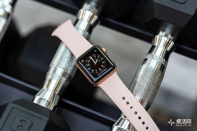 作为一块想打电话的手表 Apple Watch Series 3却仍不是部好手机