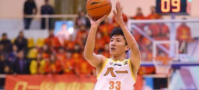 重磅!中国篮协拒绝给八一男篮特例韩硕无缘新赛季CBA联赛!