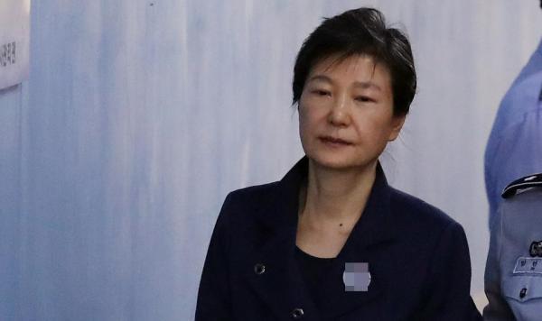 韩媒披露朴槿惠狱中读《德川家康》,政界推测