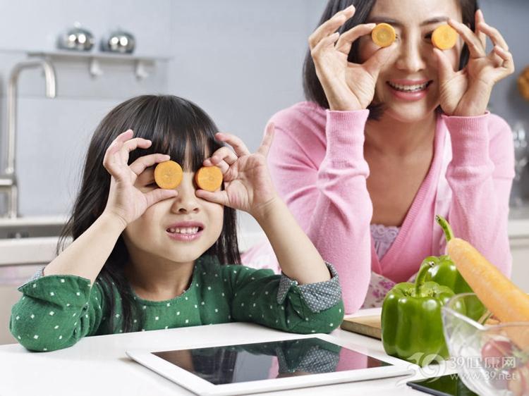 你身上的这8个特征,将来会遗传给孩子!