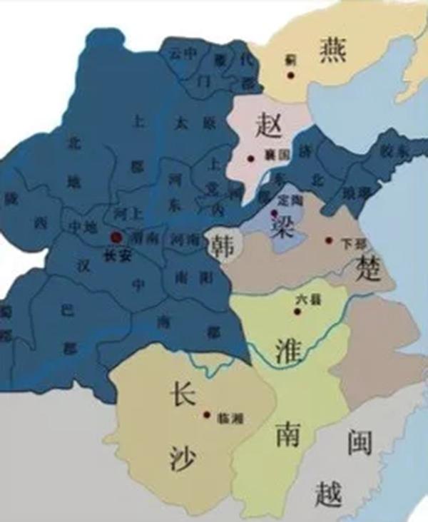 北大 中国历史地理 课有多火爆 世界击剑冠军都担心选不上