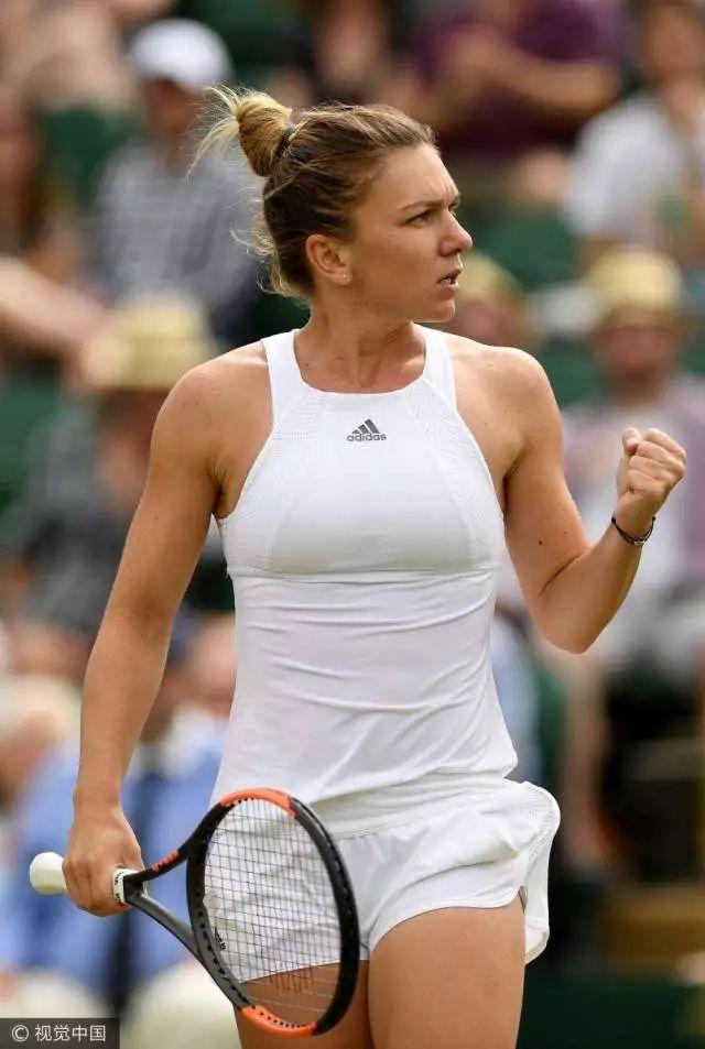 WTA年终决赛第二日丨哈勒普沃兹轻松收获首胜 两组内负者间将争夺宝贵出线机会
