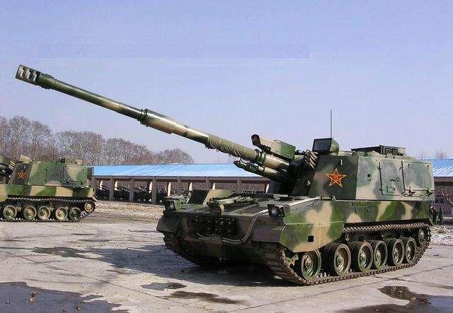 军事枪械--战场上搏杀的孪生兄弟: 自行火炮与坦克谁能压制谁?