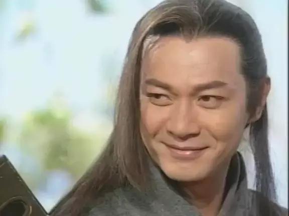 江华,香港著名演员,1986年江华参加亚洲艺员训练班而入行,当年被称