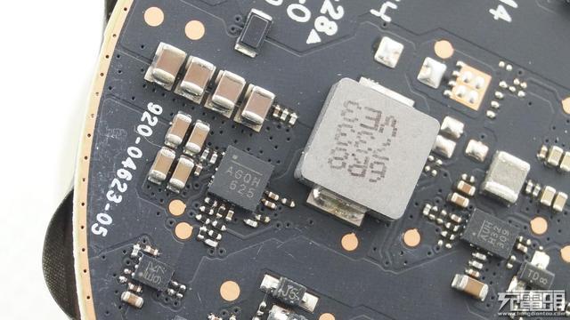 苹果认证!mophie无线充电器拆解_凤凰科技