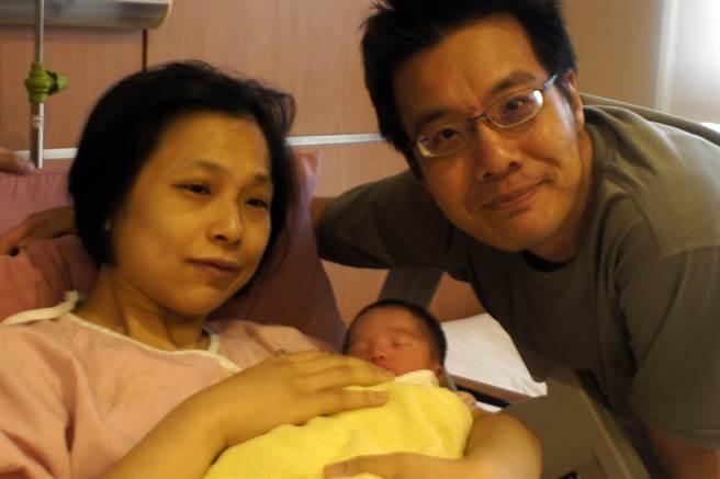 2019年北京出生人口_岛内人口死亡交叉来临2019年起出生数恐不及死亡数
