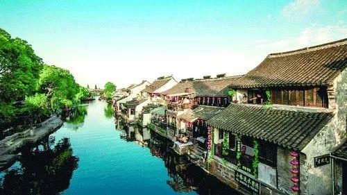 """在江苏吴江太湖浦江源国家水利风景区,当地建立起以""""童话乡村""""主题"""