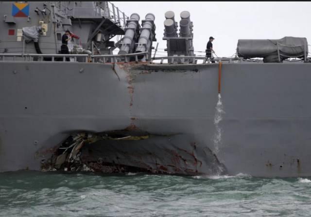美军驱逐舰又撞船 - 点击图片进入下一页