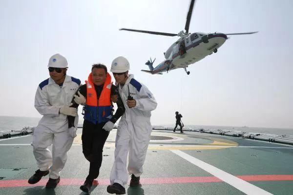 """外媒:东盟与中国在南海正在干一件""""大事"""""""
