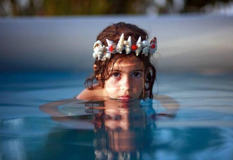 摄影师把自己女儿变身成她最喜爱角色,每张照片都充满爱!