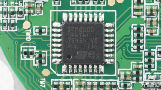意法半导体 stm8s005k6单片机.