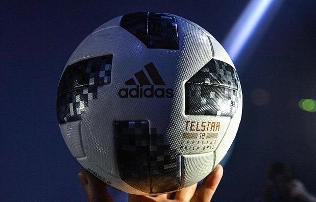 2018年世界杯官方用球公布 复刻上世纪70年代经典
