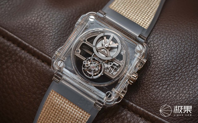 美哭!柏莱士发布最美机械腕表,透明设计一览无余