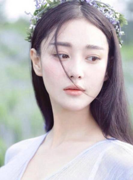 纯中国人长出欧式双眼皮,明星各有特点