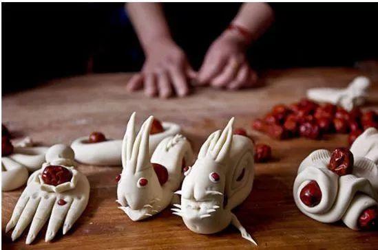 小时候外婆做的兔子刺猬花馒头