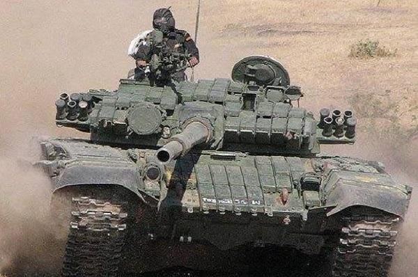 坦克--印度空军放弃LCA之后,陆军又将阿琼坦克踢了出去
