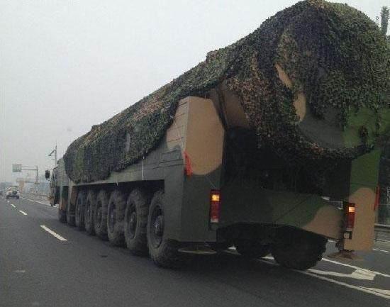 意味深长,全球最强两款洲际导弹几乎同一时间公开,中俄相互配合