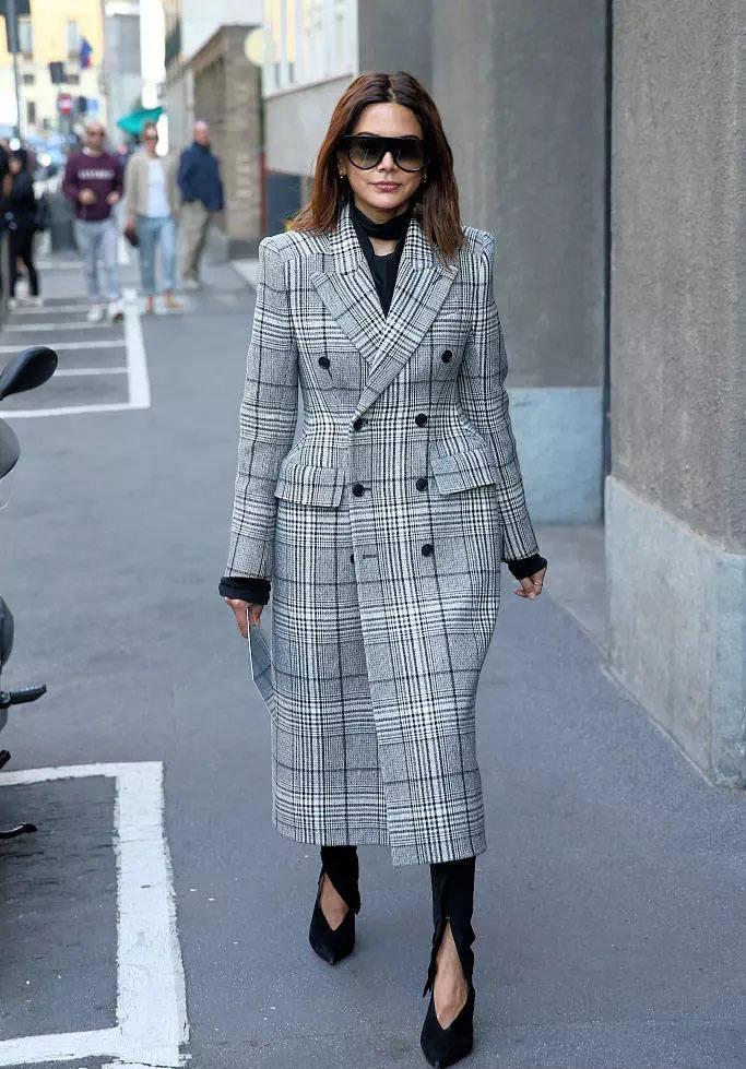 冬季大衣怎么穿才好看? 这2种搭法男女都适用