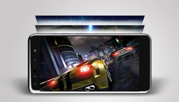 中兴Blade 配置:前置双摄搭配3GB内存5.5英寸显示屏