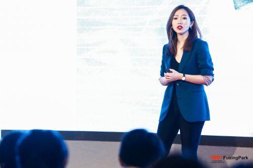励志演讲人黄凯莉再次登上TEDx舞台
