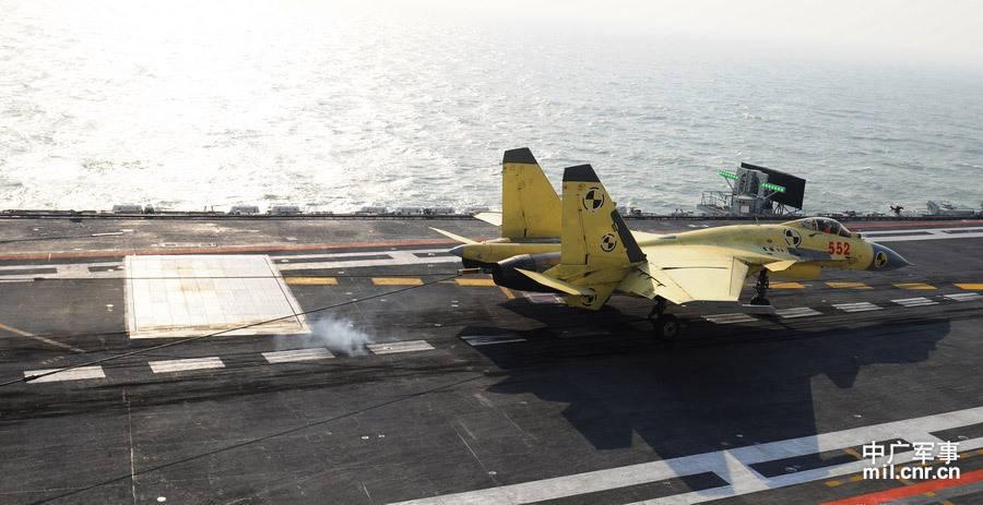 战斗机--并非上钩挂索这么简单!歼15着舰背后的技术奥秘